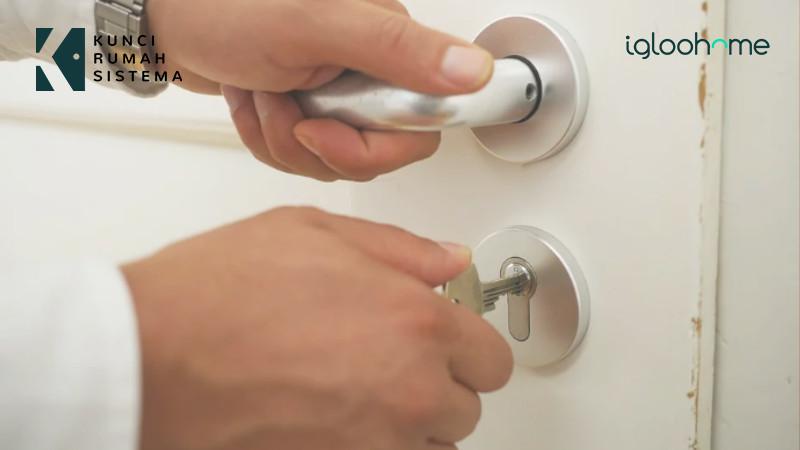cara-ampuh-mengatasi-kunci-pintu-macet-tanpa-ribet